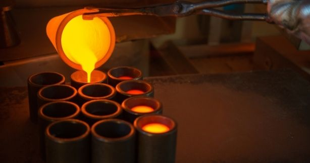 Differences between smelting and melting